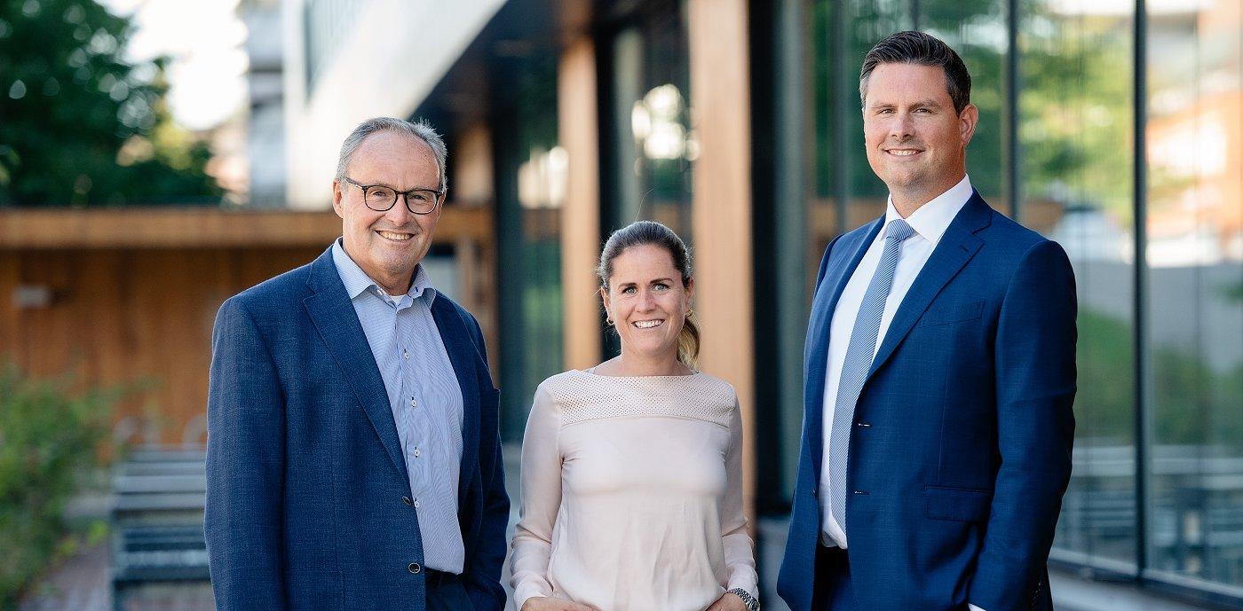 Anden og tredje generation: John-Erik Karlsen, Elizabeth Karlsen og Christopher Karlsen